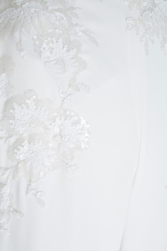 Фото 4 - Комбинезон с пайетками белый от Tony Ward бежевого цвета