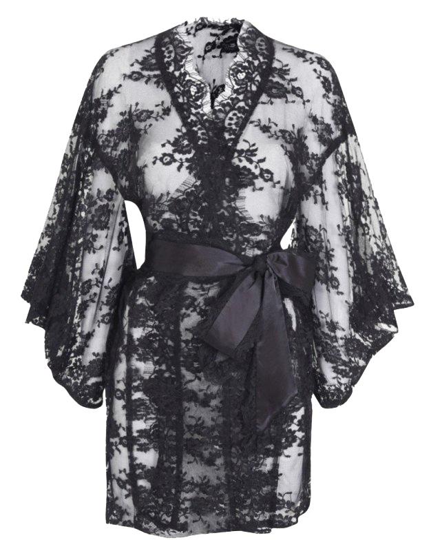 Кимоно MatineeЧерное белье<br>Изумительное прозрачное кимоно из французского кружева с роскошным цветочным узором. В комплекте с сатиновым поясом, окаймленным кружевом, выглядит особо привлекательно. Представлено в черном и белом цвете.<br><br>Возраст: Взрослый<br>Размер unitSize=: UN<br>Цвет: черный<br>Пол: Женское