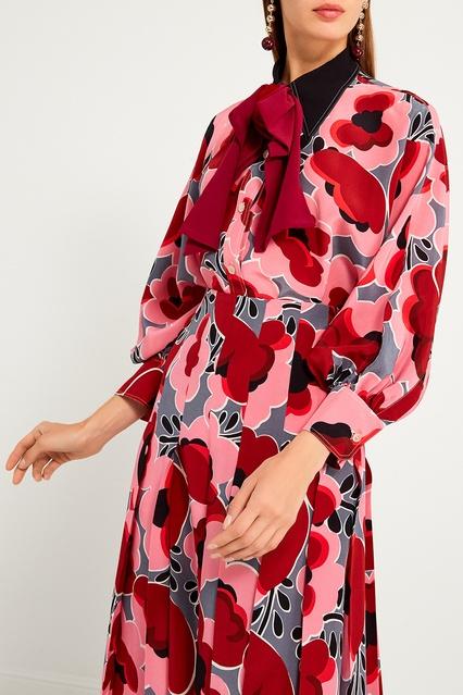 d6110f9a140 Шелковая блузка с цветочным принтом Gucci – купить в интернет ...