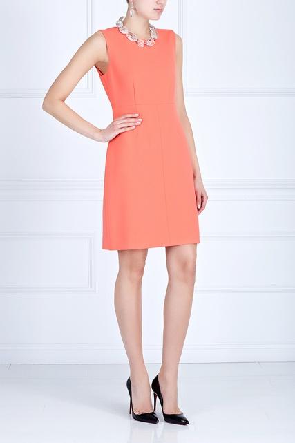 Платье однотонное футляр