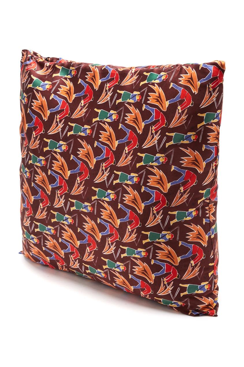 Шелковая подушка с принтом «Сенокос» от TEAM PUTIN