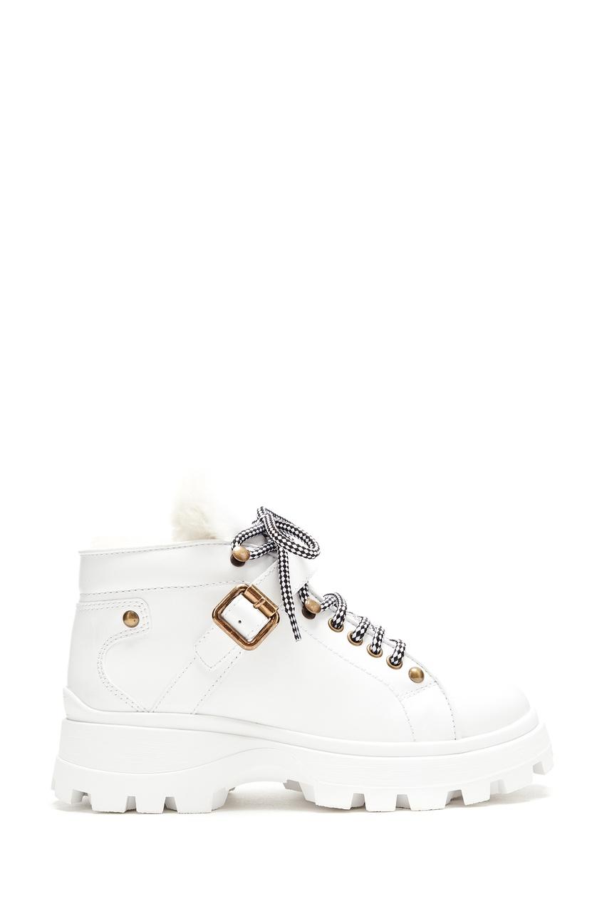 Белые кожаные ботинки на меху от Miu Miu