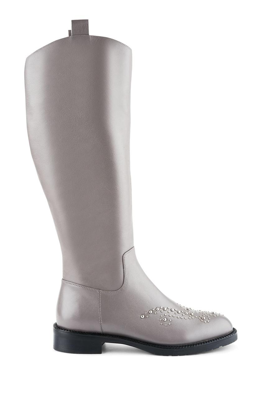 Фото - Серые кожаные сапоги с металлическим декором от Portal серого цвета