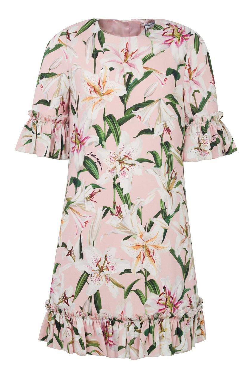 Розовое платье с цветочным узором