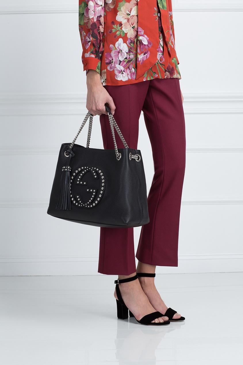 Фото 5 - Кожаная сумка Soho черная от Gucci черного цвета