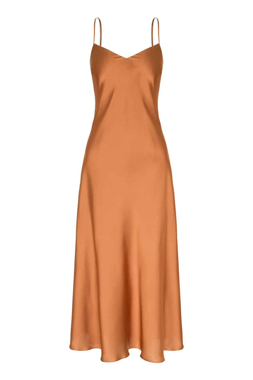 Карамельное платье-комбинация.