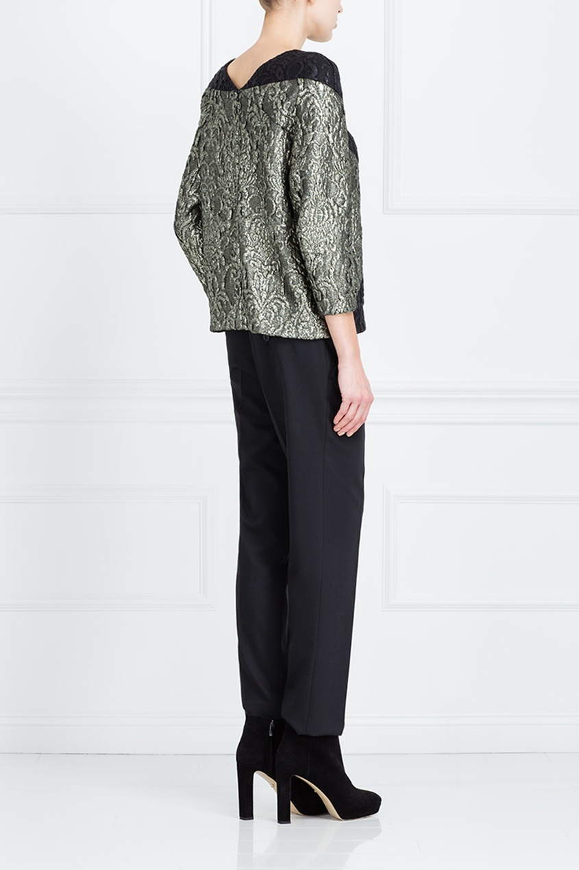 Фото 4 - Прямая блузка от Chapurin серого цвета
