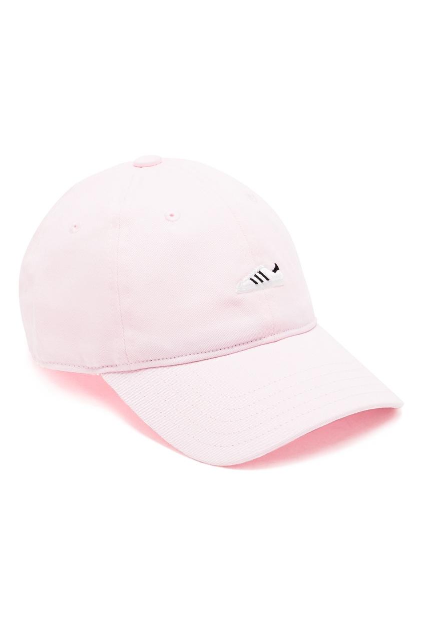 Розовая бейсболка SST с кроссовком