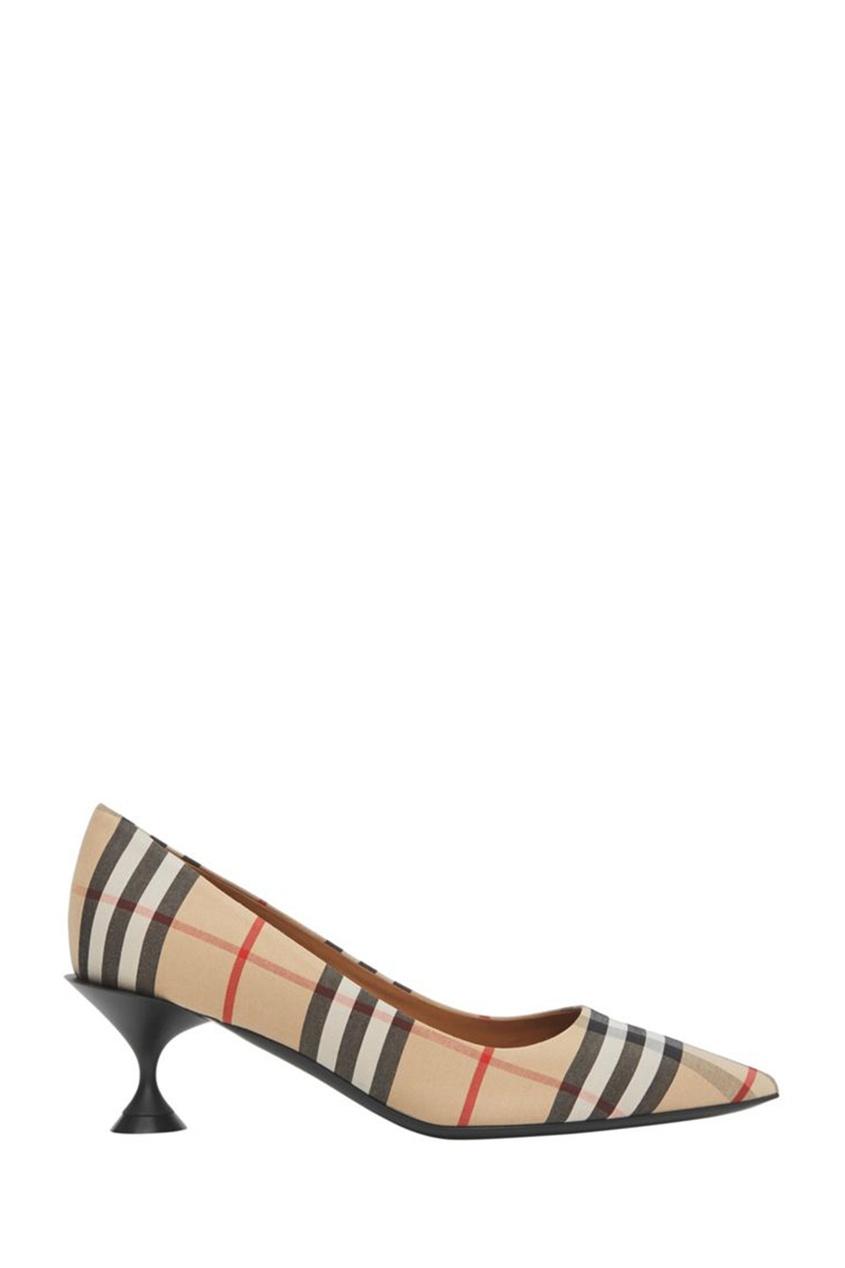 Бежевые текстильные туфли