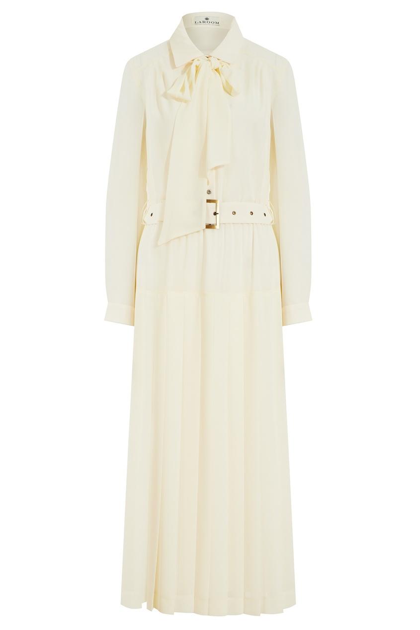 Платье молочного цвета с плиссировкой
