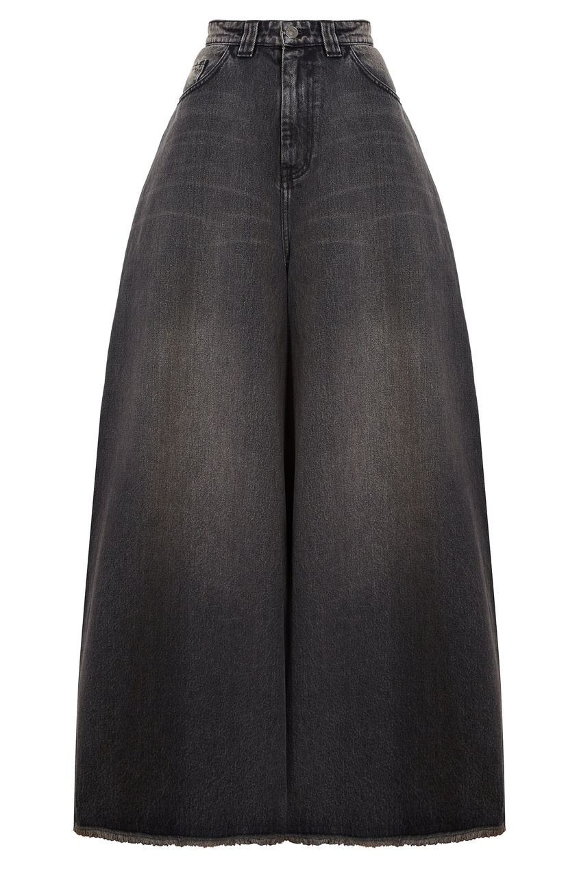 Широкие джинсы с необработанным краем