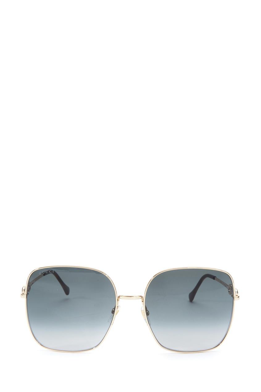 Серые солнцезащитные очки в квадратной оправе