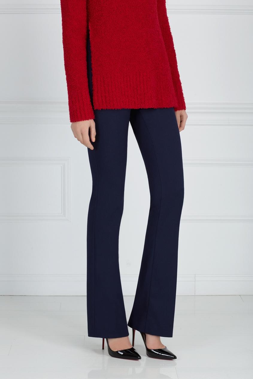 Фото 5 - Однотонные брюки синего цвета