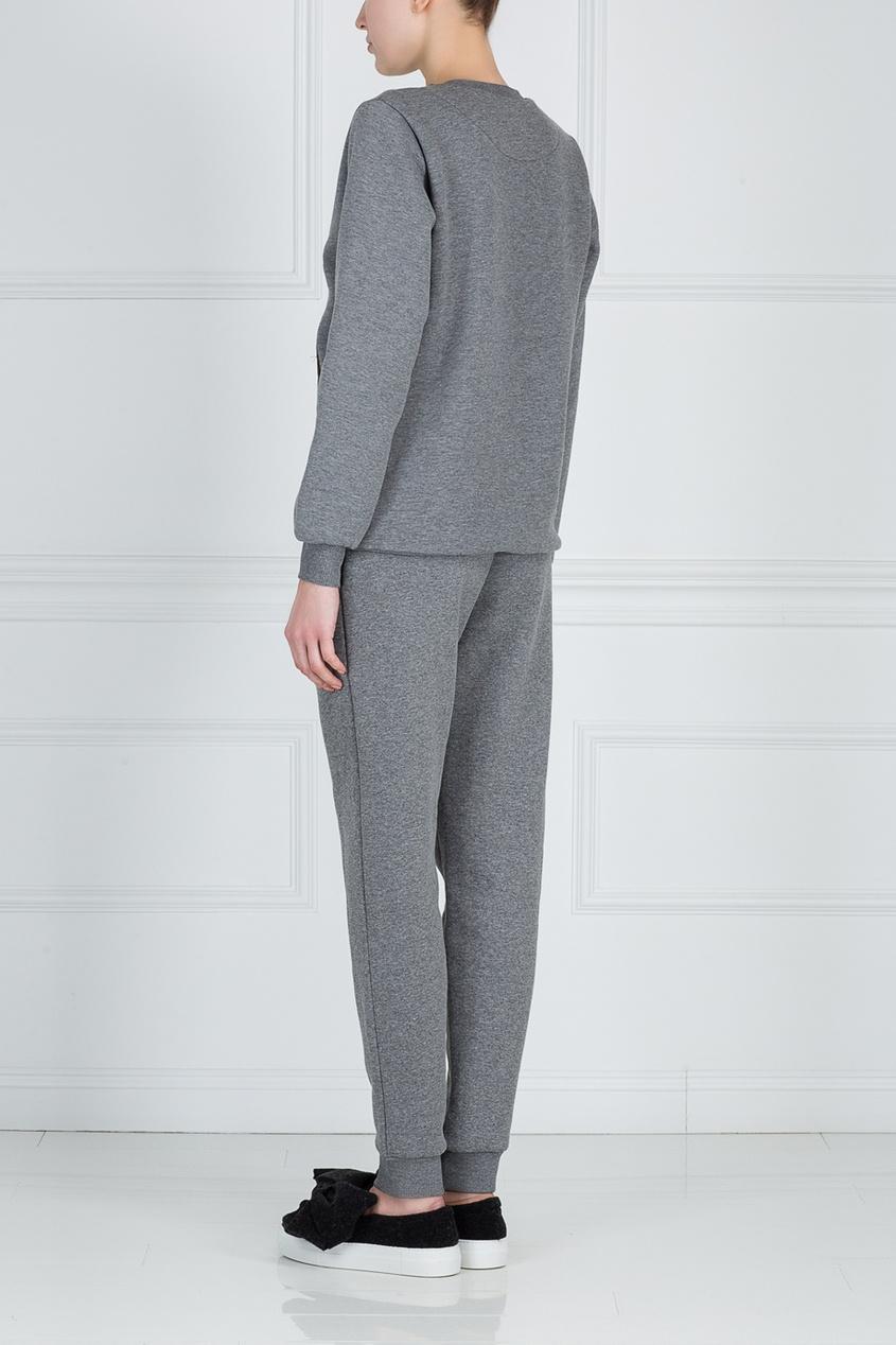 Фото 2 - Хлопковые брюки от Katya Dobryakova серого цвета