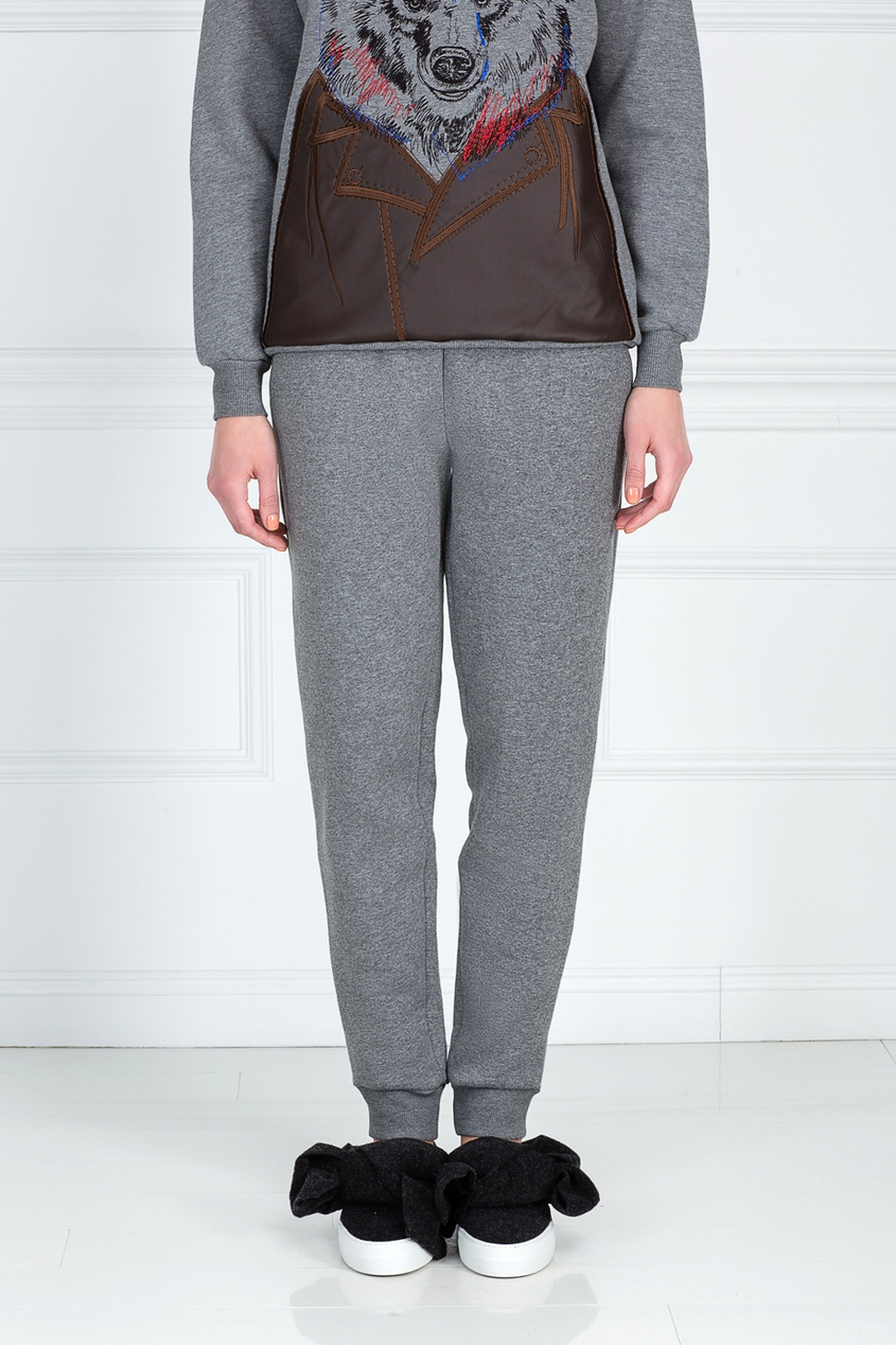 Фото 3 - Хлопковые брюки от Katya Dobryakova серого цвета