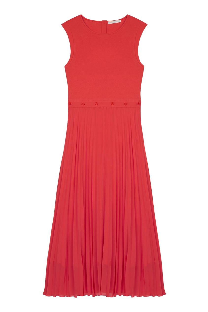 Коралловое трикотажное платье с плиссировкой