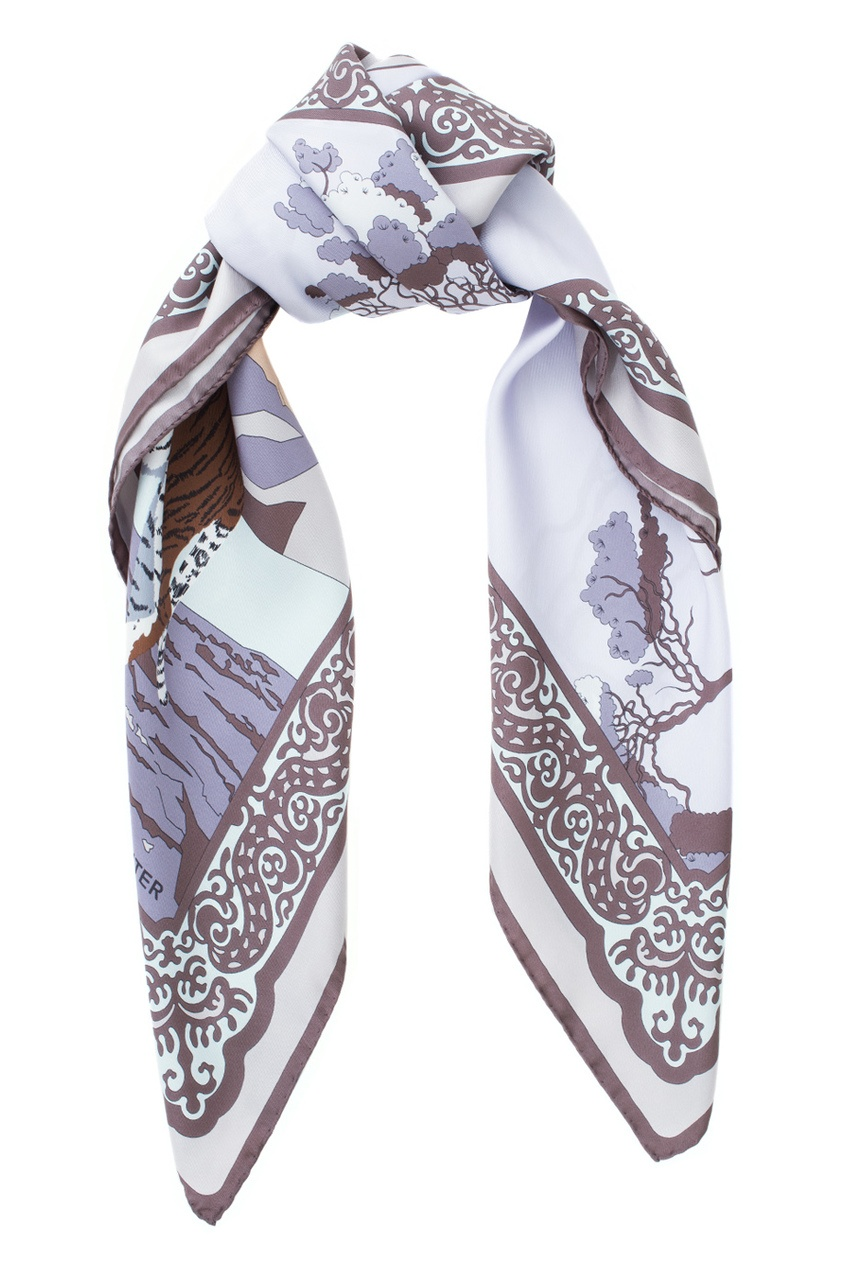 Фото 2 - Шелковый платок от Valentin Yudashkin for Amur Tiger Center фиолетового цвета