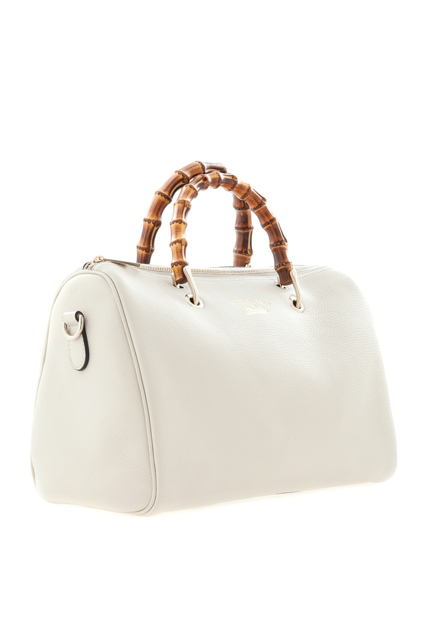 Фото 2 - Кожаная сумка Bamboo Shopper от Gucci белого цвета