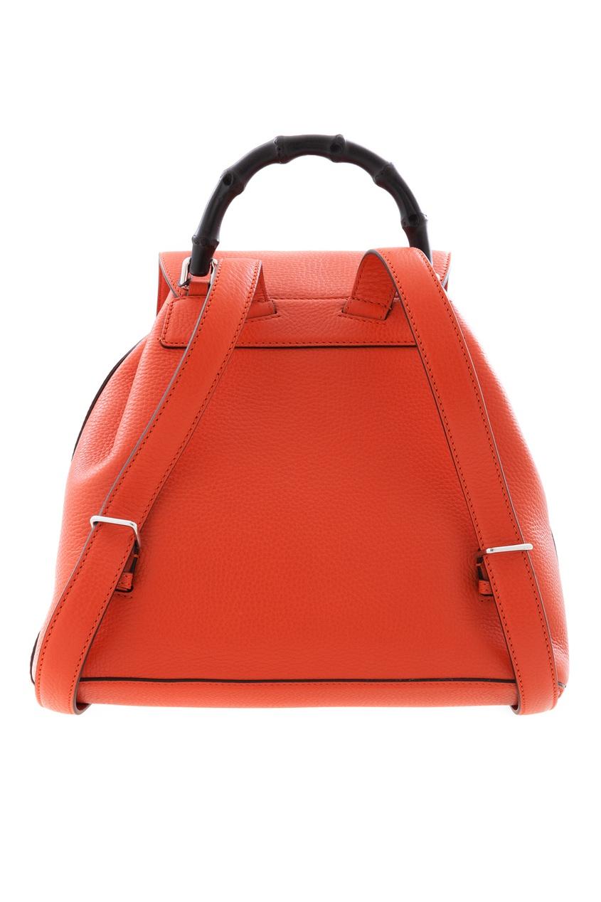 Фото 3 - Кожаный рюкзак Bamboo Leather Backpack от Gucci оранжевого цвета