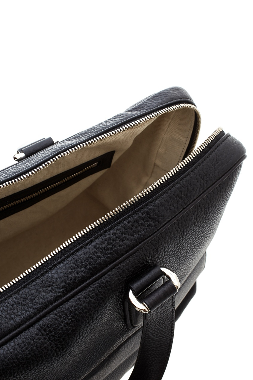 Фото 5 - Кожаная сумка от Gucci черного цвета