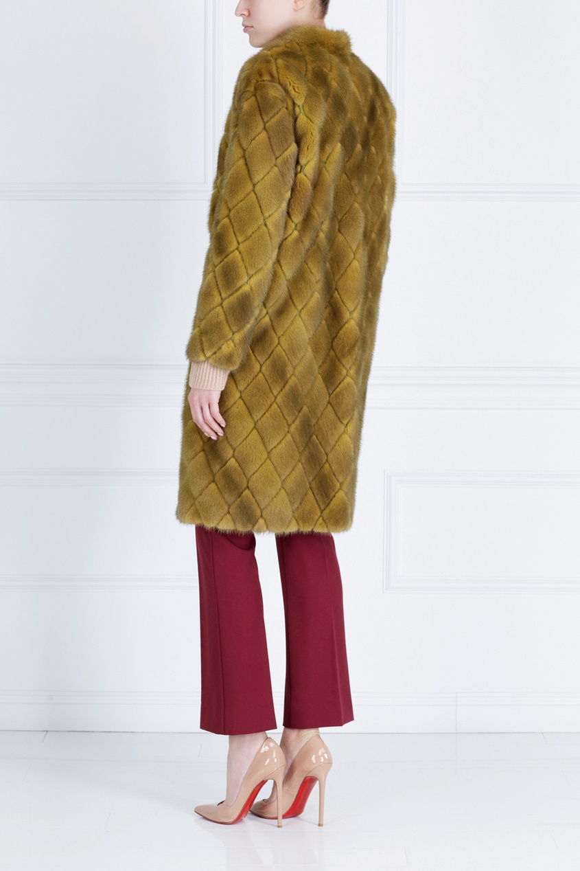 Норковое пальто «Ромбы» от AIZEL