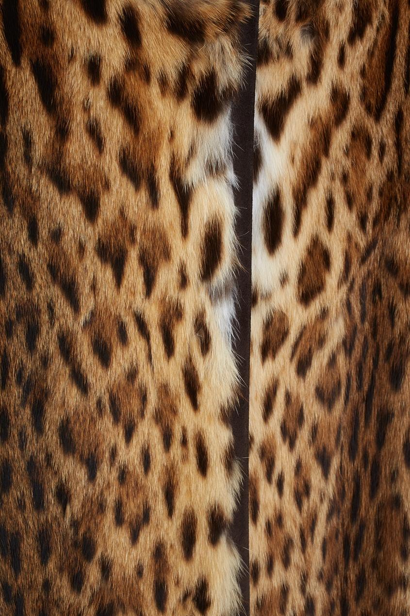 Фото 4 - Пальто из меха оцелота от Color°Temperature коричневого цвета