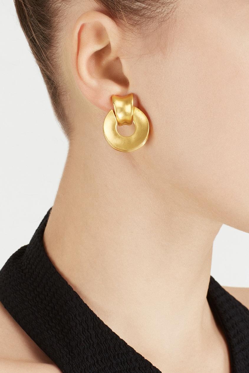 Фото 3 - Клипсы с матовой позолотой (90е) от Givenchy Vintage золотого цвета