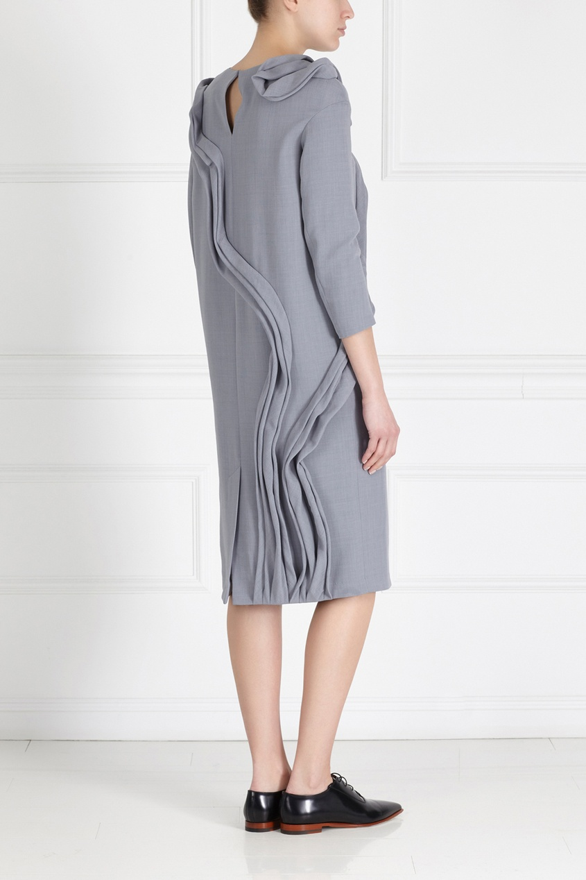 Фото 4 - Шерстяное платье от Alena Akhmadullina серого цвета