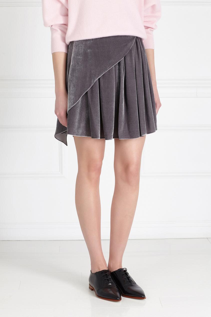 Фото 3 - Бархатная юбка от Alena Akhmadullina серого цвета