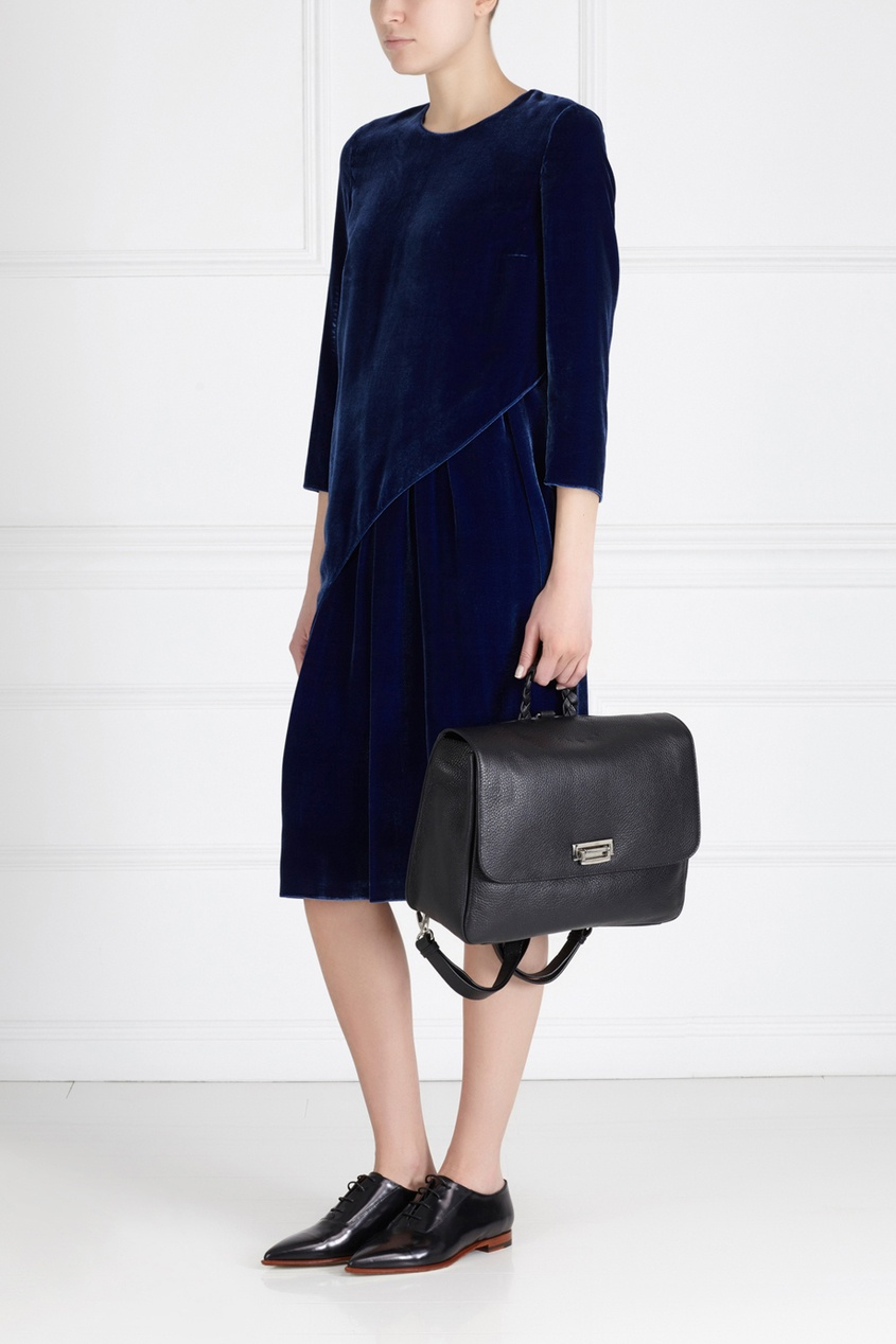 Фото 3 - Платье из синего бархата от Alena Akhmadullina синего цвета