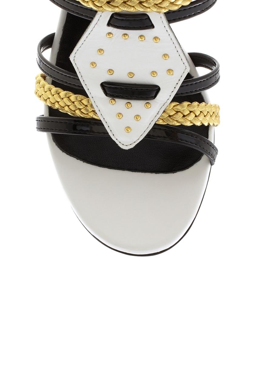 Фото 5 - Босоножки из лакированной кожи. от Just Cavalli черно-белого цвета