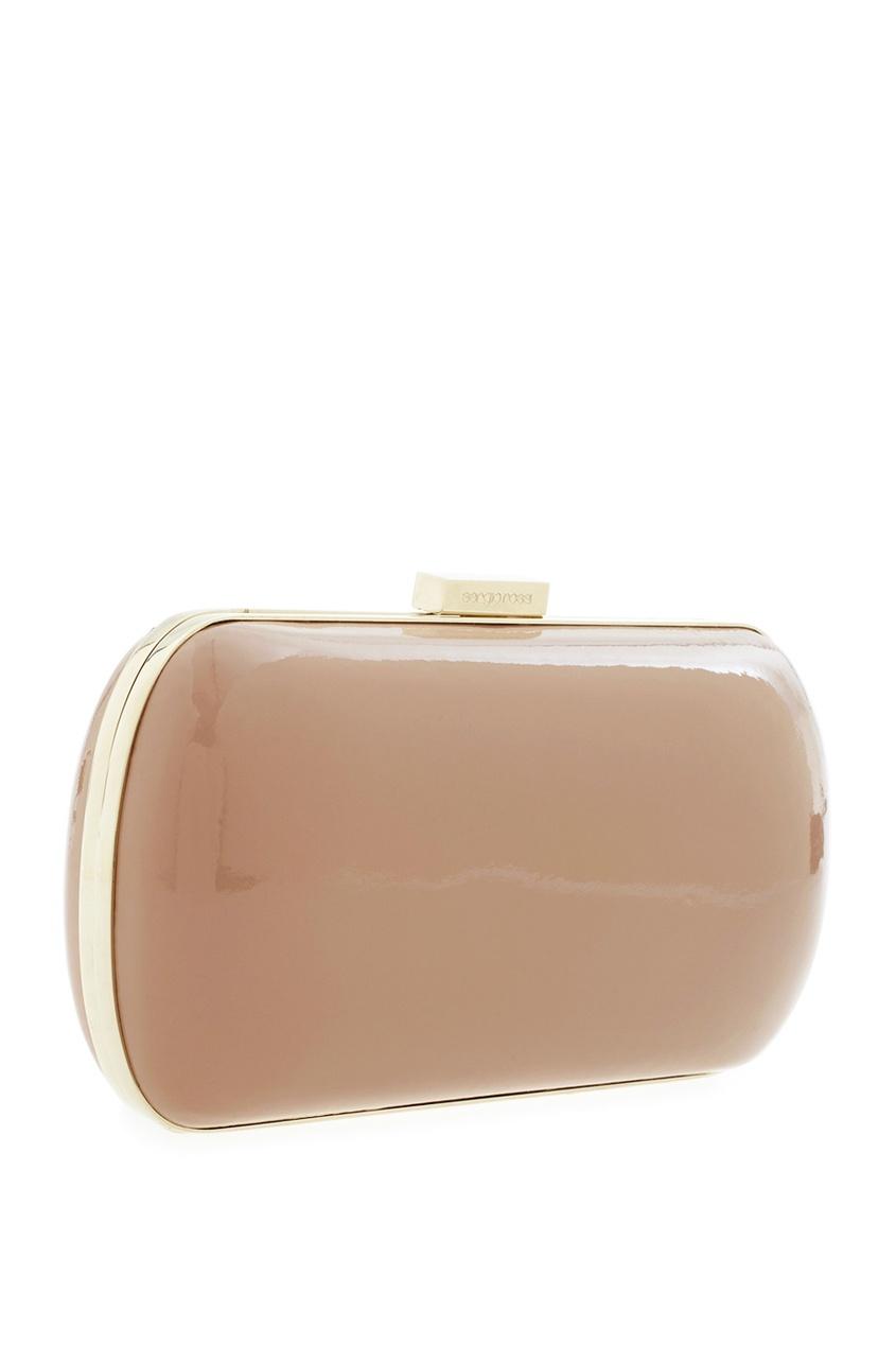 Фото 4 - Кожаный клатч от Sergio Rossi бежевого цвета
