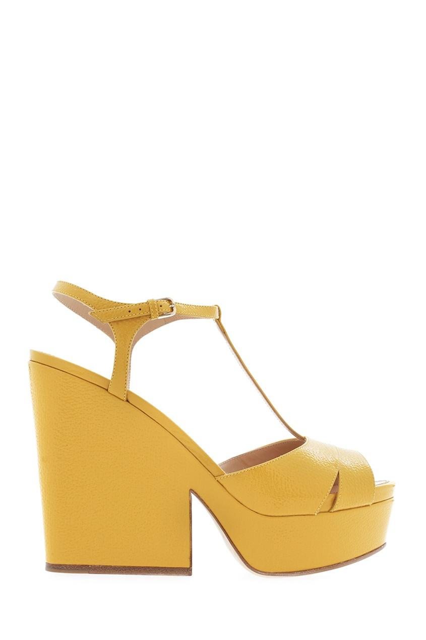 Фото 2 - Кожаные босоножки от Sergio Rossi желтого цвета