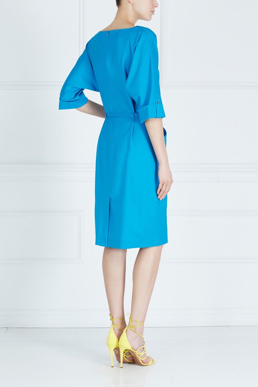 Фото 2 - Однотонное платье от Victoria Andreyanova синего цвета