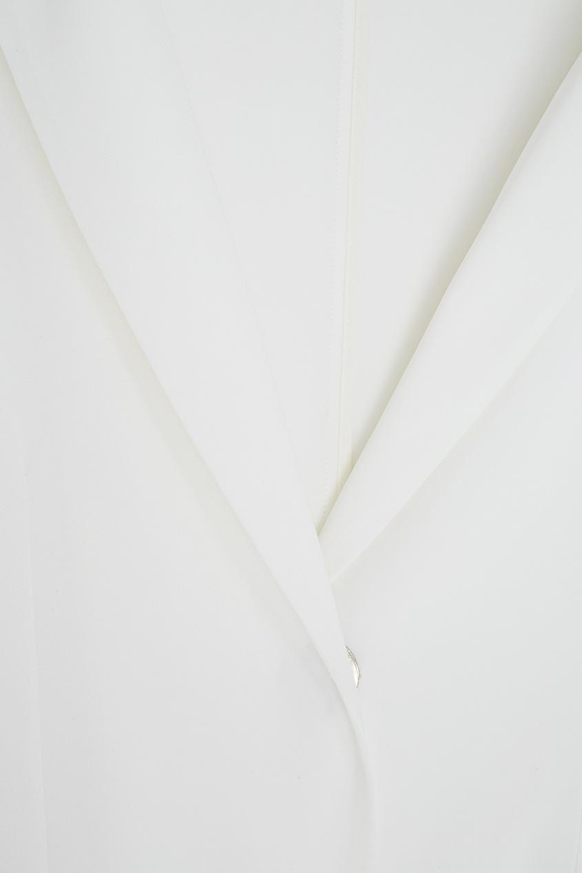 Фото 5 - Однотонный жакет от Victoria Andreyanova белого цвета