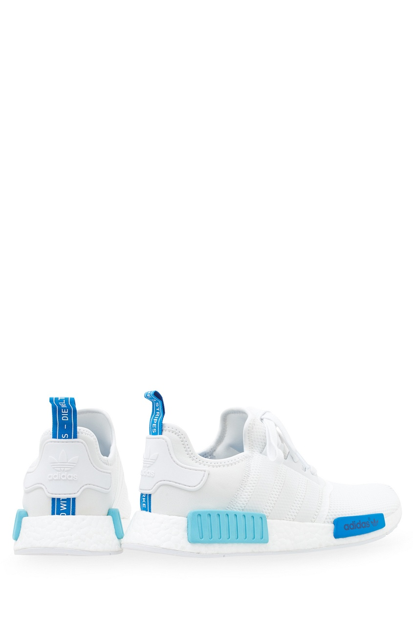 Фото 2 - Однотонные кроссовки NMD_R1 W белого цвета