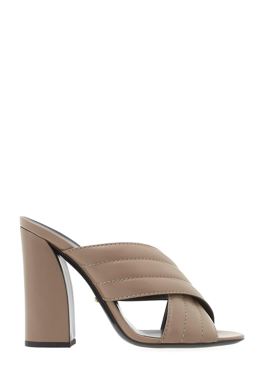 Фото 2 - Кожаные туфли-мюли от Gucci бежевого цвета