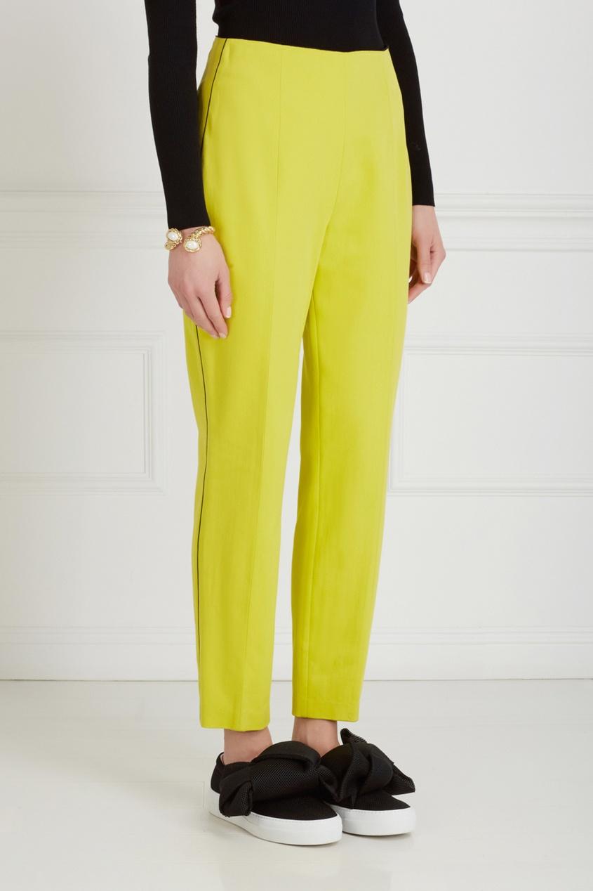 Фото 3 - Однотонные брюки от Chapurin желтого цвета