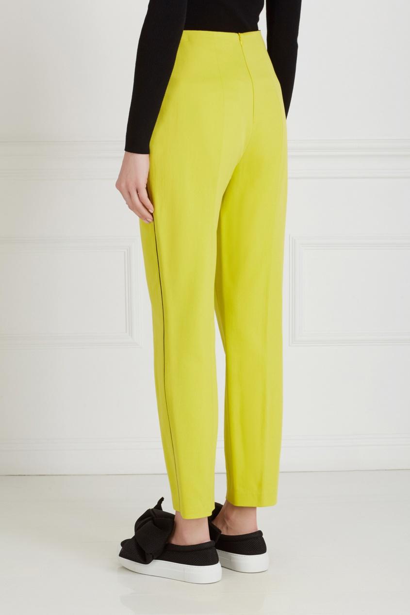 Фото 4 - Однотонные брюки от Chapurin желтого цвета