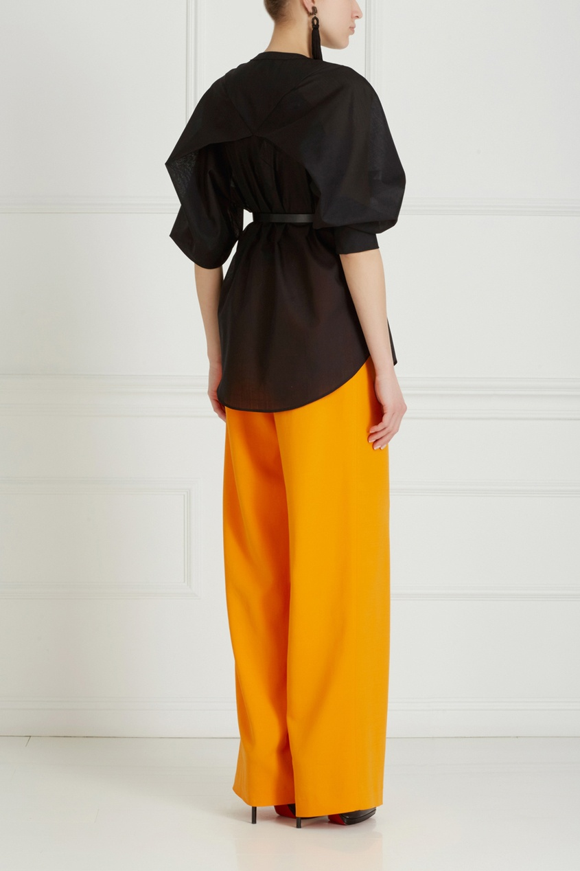 Фото 6 - Однотонные брюки от Chapurin оранжевого цвета