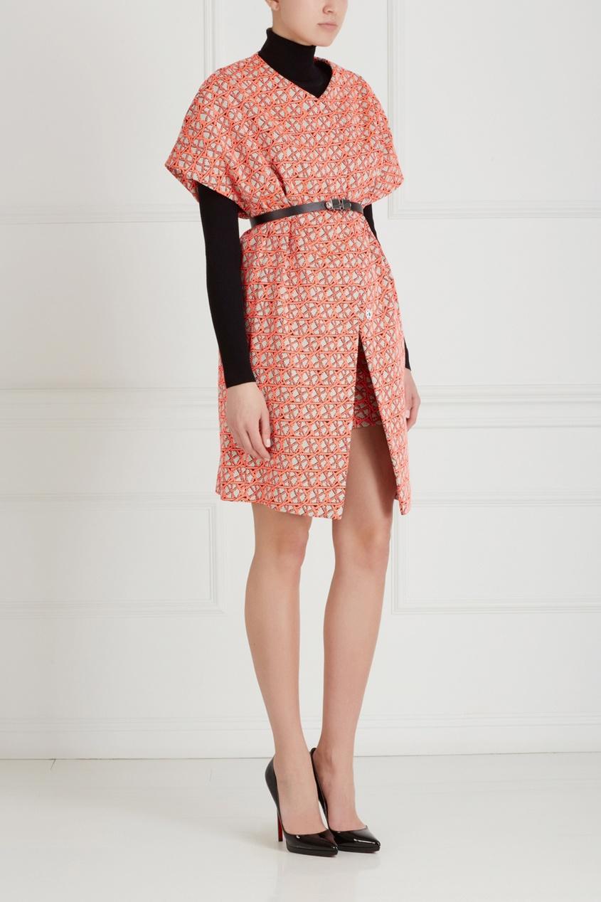 Фото 3 - Пальто от Chapurin розового цвета