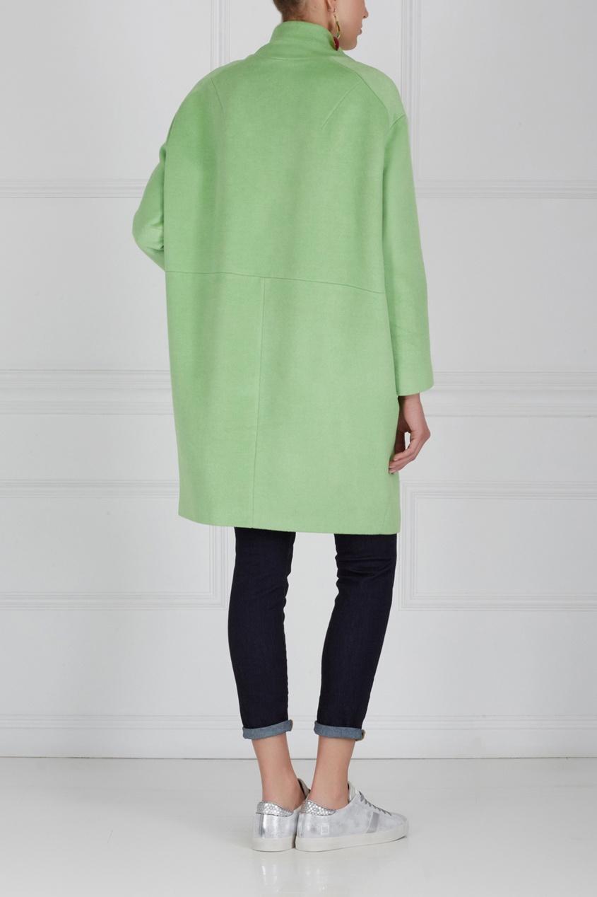 Фото 4 - Шерстяное пальто от Victoria Andreyanova зеленого цвета