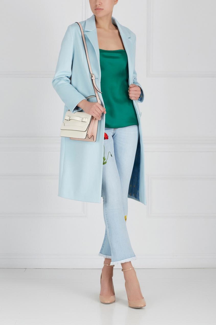 Фото - Джинсы с вышивкой от Stella McCartney голубого цвета