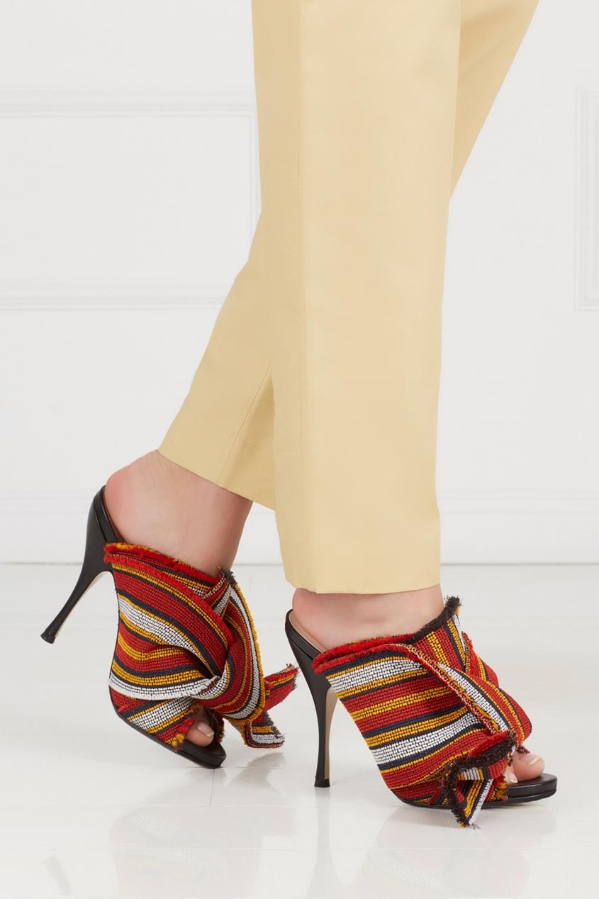 Туфли-мюли с вышивкой