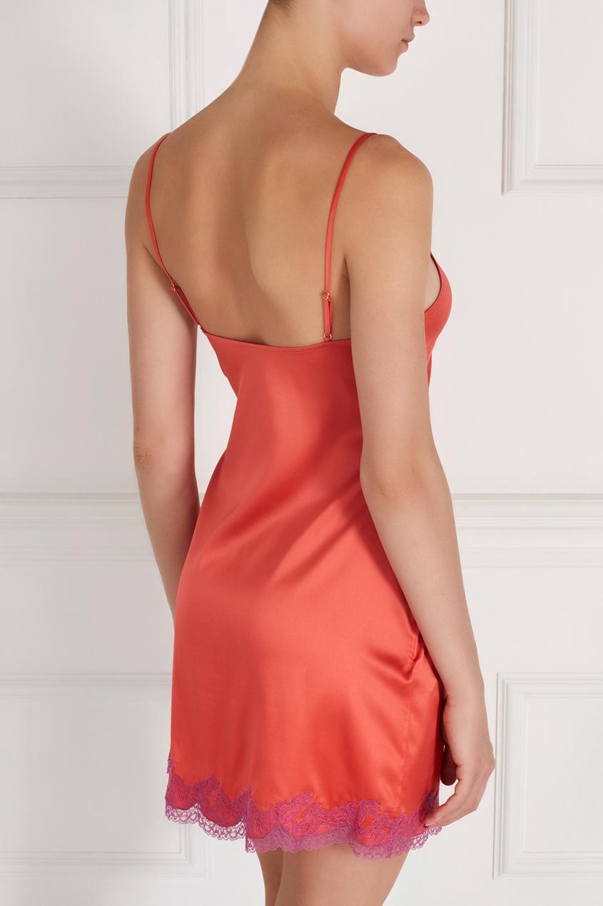 Фото 2 - Сорочку Lucie розового цвета