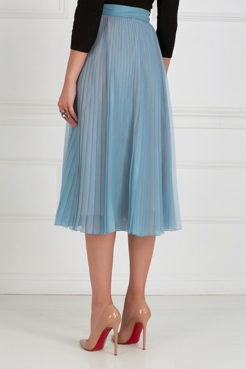 Фото 4 - Шелковая юбка от Gucci голубого цвета
