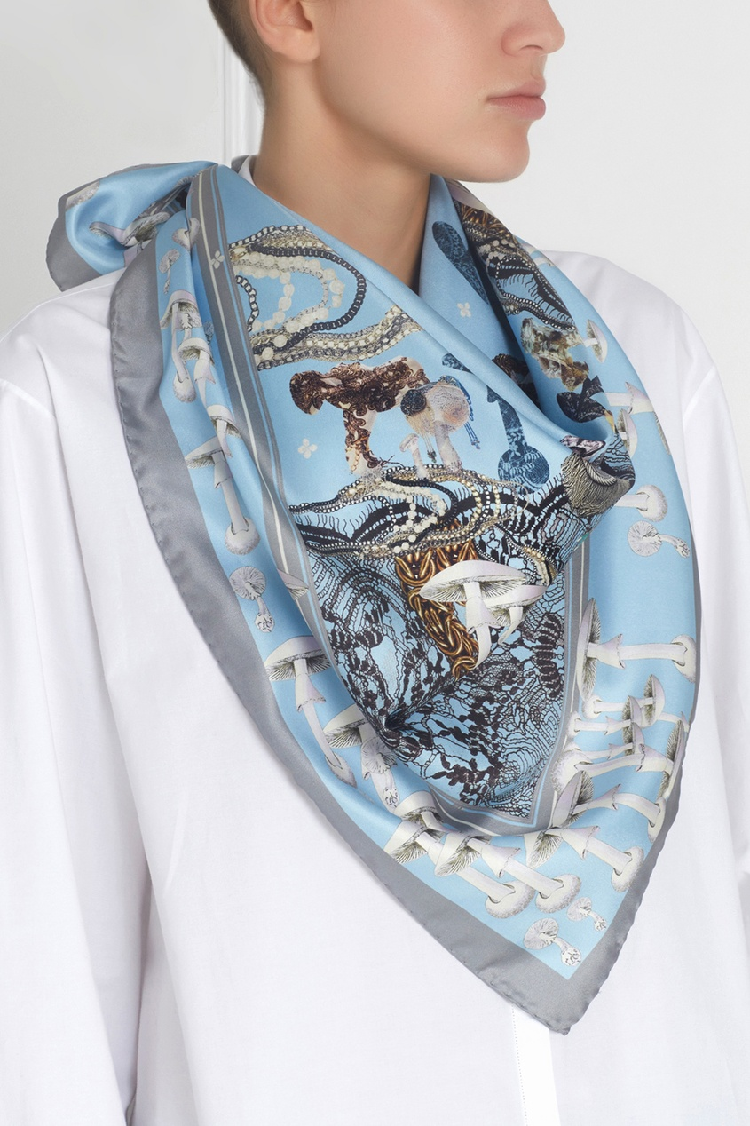 Фото - Шелковый платок «Подиум» от Radical Chic цвет multicolor