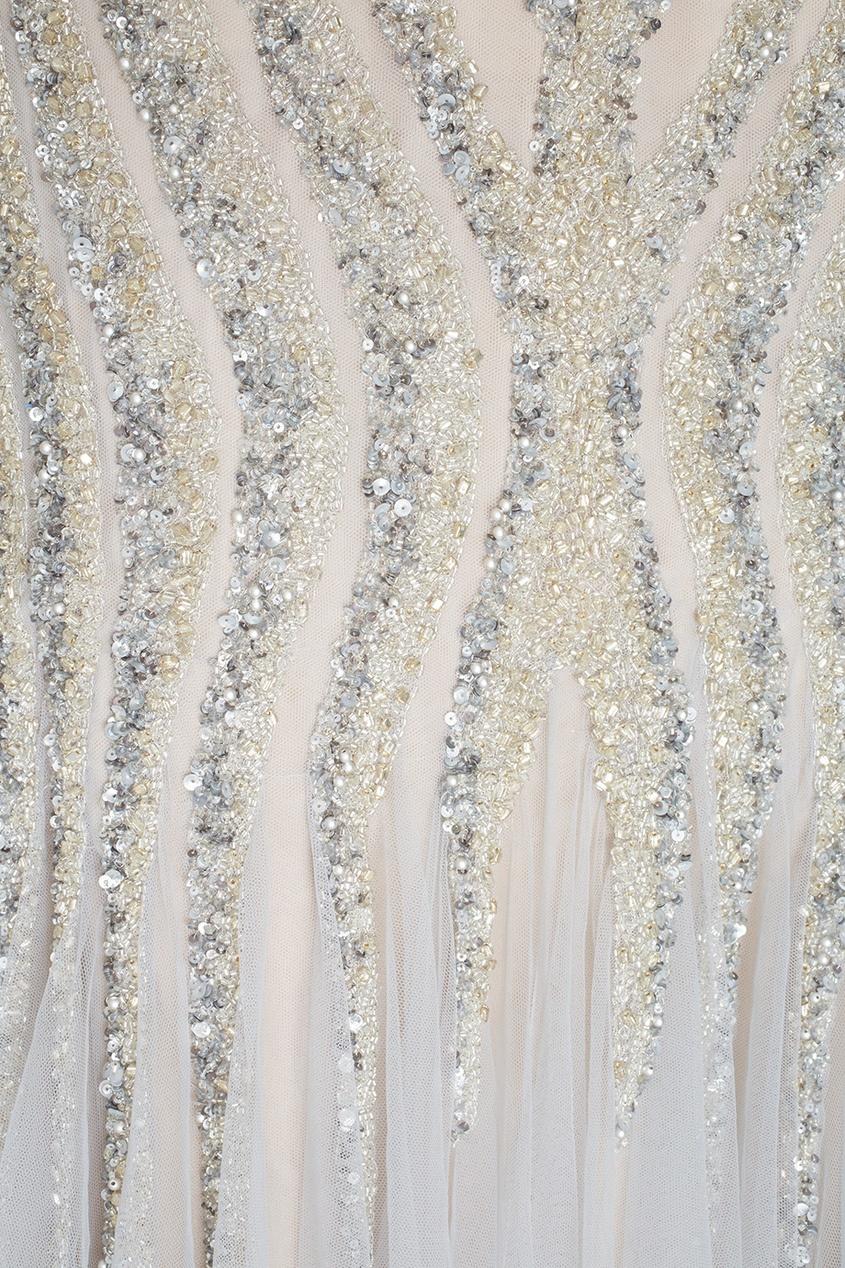 Фото 4 - Платье с кристаллами и стеклярусом от Tony Ward серебрянного цвета