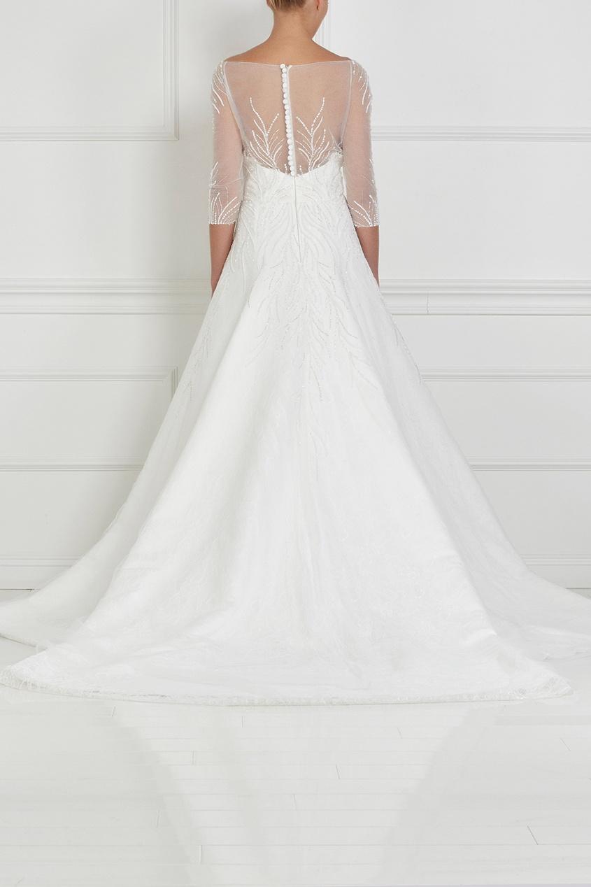 Фото 2 - Платье с вышивкой и шлейфом от Tony Ward белого цвета