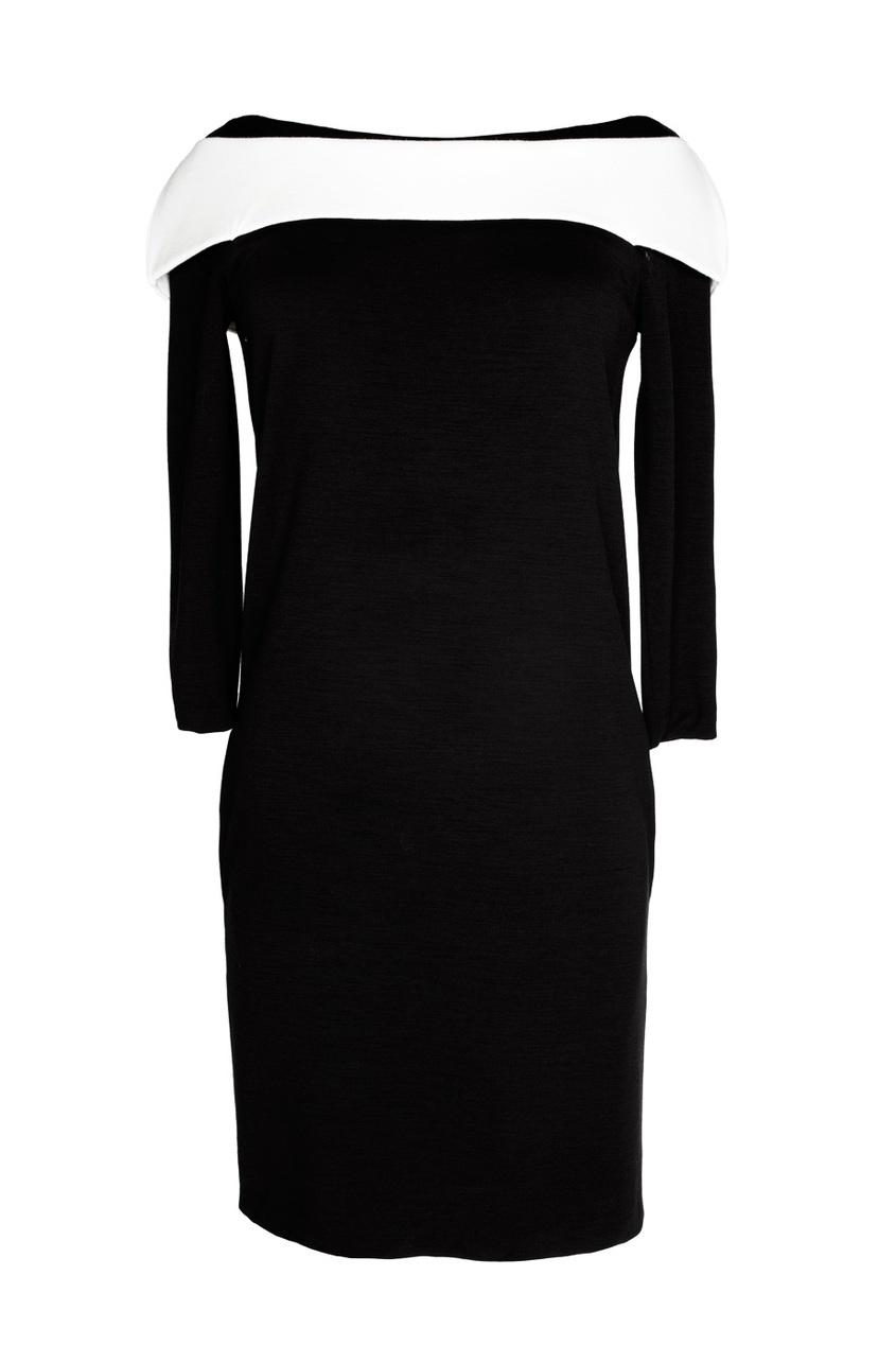 Черное платье с белой деталью (2001-2002 гг.)